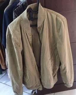 Bomber jacket beige color zara ori