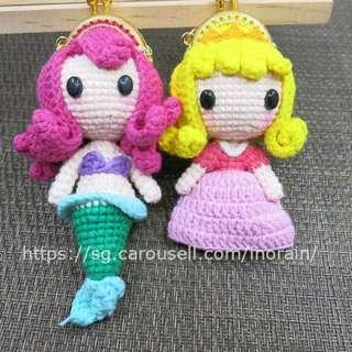 Handmade Crochet Amigurumi Doll Disney Mermaid / Sleeping Beauty Mini Metal Frame Coin Purse / Bag Swing / Plush Doll /Mascot