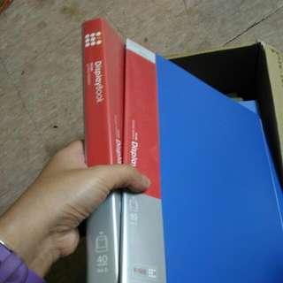 藍色 A4塑質內38頁透明活頁袋共2本