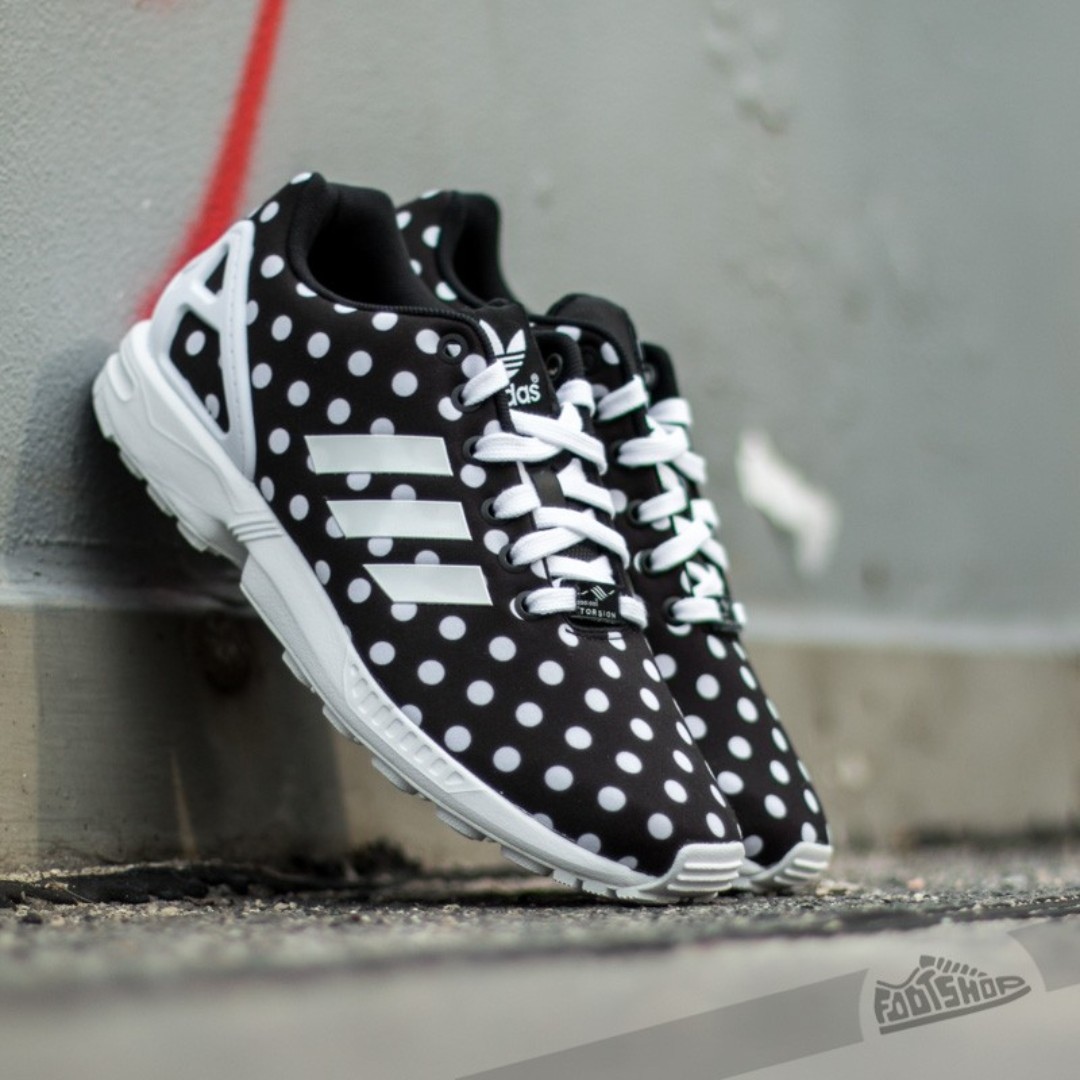 5b13ae5da Adidas ZX flux womens sneakers size 6