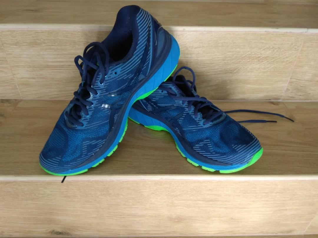 lowest price 50bfe d7286 Asics Gel Nimbus 19 Lite Show, Sports, Sports Apparel on ...
