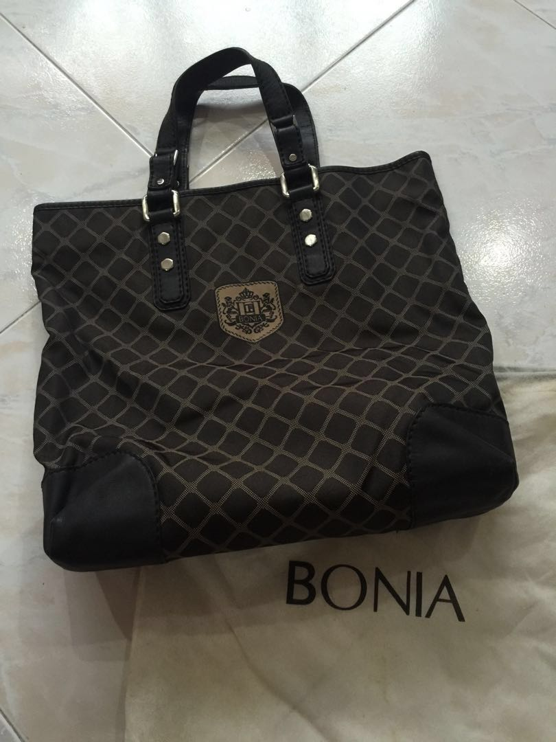e915073455 Authentic Bonia Tote Bag, Luxury, Bags & Wallets on Carousell