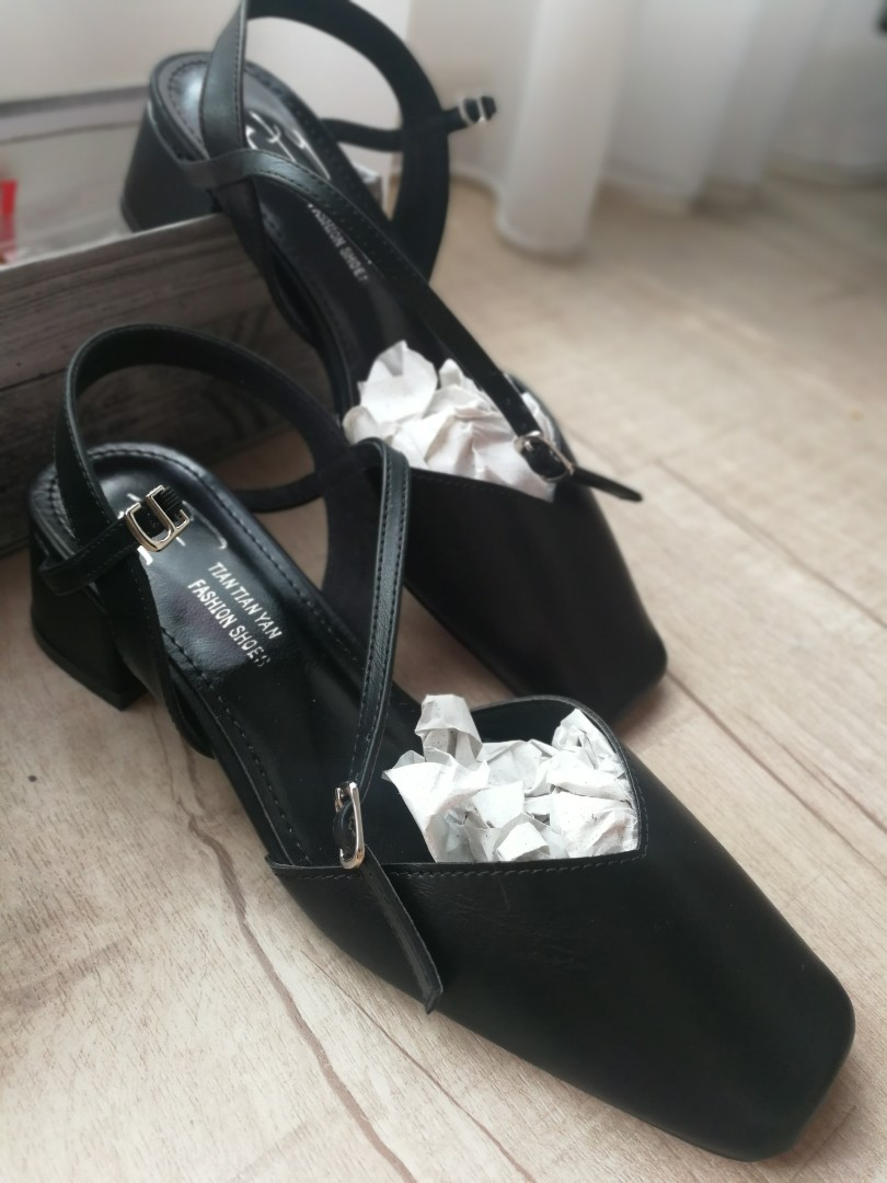 133128da12 Comfortable Black Kitten Heels for Work, Women's Fashion, Shoes, Heels on  Carousell