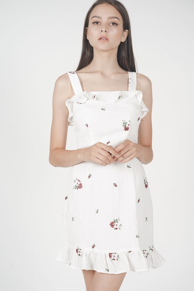 0b7b52ee8e37a MDS Davina Ruffle Dress in White, Women's Fashion, Clothes, Dresses ...