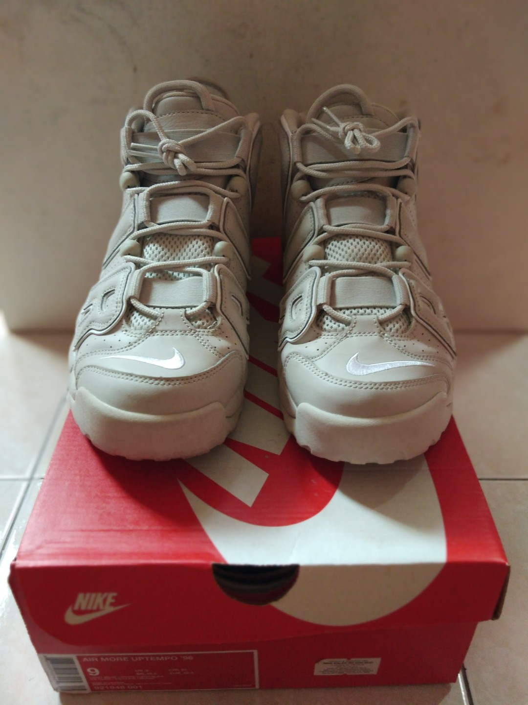 506e1f2f28af Nike Uptempo, Men's Fashion, Footwear, Sneakers on Carousell