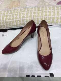 Jipi Japa 真皮漆皮中踭鞋, 酒紅色, 只著過1次