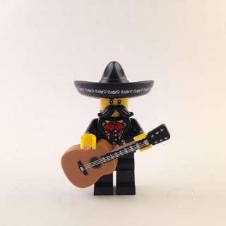 Lego CMF - Mariachi Singer