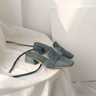 [Mark down] Vintage Blue Medium Heel Sandal