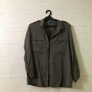 Green Army Shirt w shoulder detail Mango