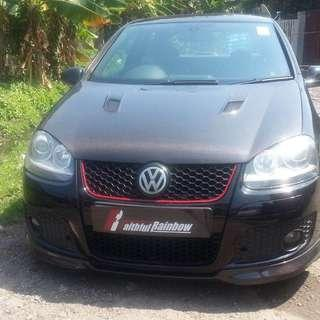 Mega yearend topmix shipment. Golf mk5 carbon bonnet. Fitment and quality guaranteed. 2 pieces coming only.