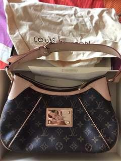 Louis Vuitton lv bag authentic loewe prada chanel balenciaga jujube tula
