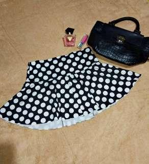 Polka dots mini skirt ❤❤❤