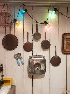 Vintage kitchenware (rental only)