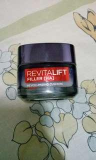 L'Oreal Paris  Revitalift Filler [HA]
