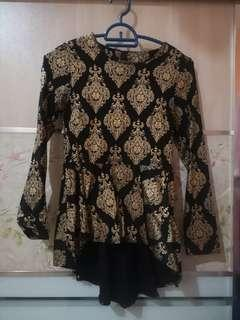 Peplum gold black