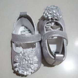 Soft sole shoes silver