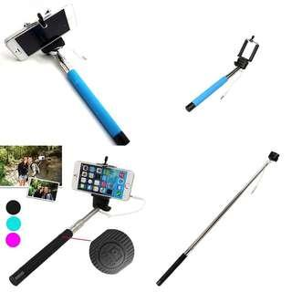Selfie stick (available in blue/pink)