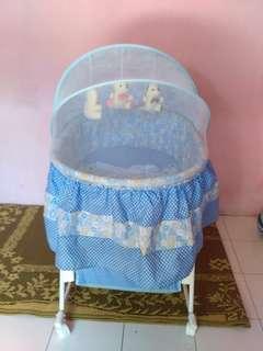 Pliko Baby bed