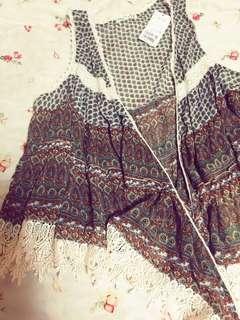 🚚 日本品牌 外搭背心 布蕾絲+絲質