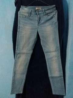 Celana Uniqlo cwe #flashsale