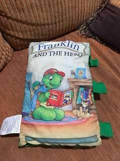 Buku Bantal (Pillow Book)