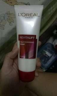 L'Oreal Paris Dermo Expertise Revitalift Milky Cleansing Foam [100 mL]