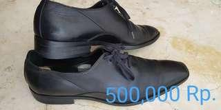 Sepatu pria andre valentino