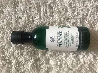 Body Shop Tea Tree Face Toner