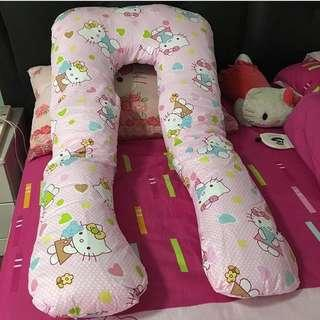 Maternity Pillow Hello Kitty