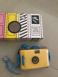 Plastic Film Camera (with water proof casing)