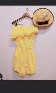 🚚 緞黃荷葉連身褲
