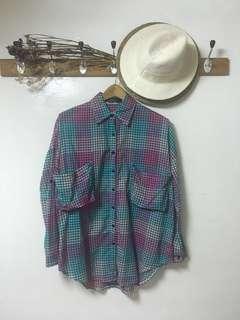 🚚 格紋捲袖大口袋設計寬版襯衫