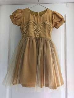 Dress pesta anak gold