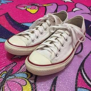 Converse All Star Chuck Taylor Shoes (Authentic) 7.5