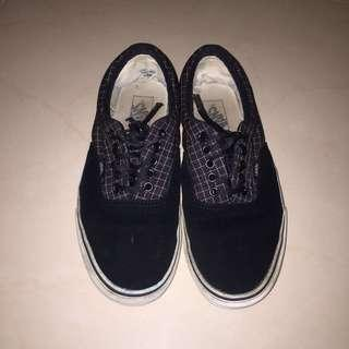 REDUCED Vans Era Suede with Checkered details