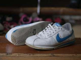 Nike Cortez second original size 42
