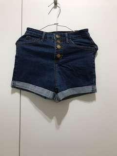 🚚 Queenpunch牛仔短褲
