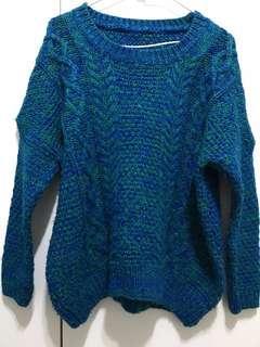 🚚 Sassy藍綠混色毛衣