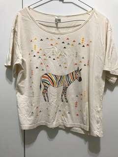 🚚 Cat world斑馬圖案短袖上衣