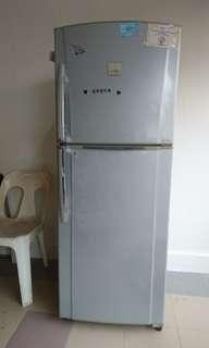 2nd Hand Fridge For Sale!