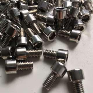 🚚 M6*10mm Screw