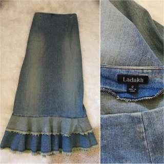 Ladakh long denim skirt size 12 fits medium