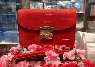 🚚 Artistry Lady Bag