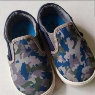 Kids crocs slip on sneakers