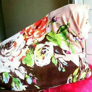 Jilbab Hijab Kerudung Scarf Segiempat Segi Empat Square Printed Motif