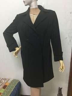 九成新JUSTJ  SMISS品牌38號黑色大衣