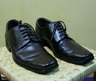 Pantofel Shoes By Democrata like new
