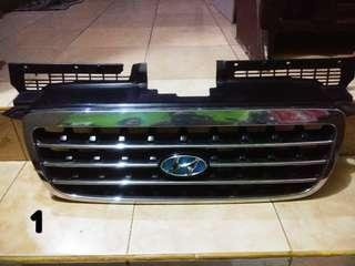 Grill Original Hyundai Trajet