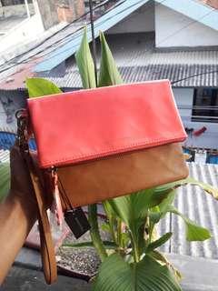 #oktosale FREEONGKR Banana Republic Clutch bag Leather Pink leopard
