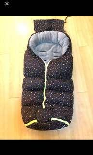 Japan brand baby sac warmer (attach to stroller)